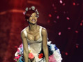 Rihanna - Only Girl in The World (EMA)